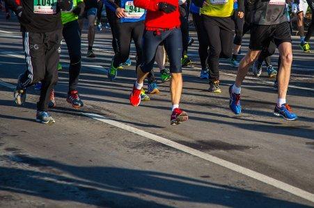 correr-salir-ejercicio-running-competencia