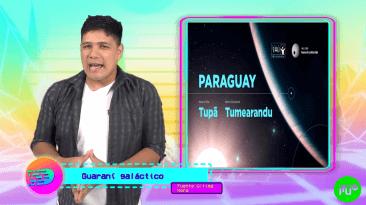 hombre con remera blanca y camisa leñadora hablando del planeta y estrella paraguaya