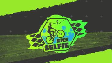 mujer en bicicleta bici selfie